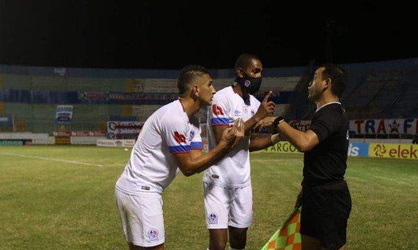 "Olimpia pide se investigue ""factores externos"" que le invalidaron un gol ante Marathón"