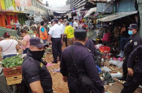 Explosión en mercado de El Salvador deja 21 personas quemadas