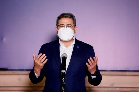 Presidente Hernández y su gabinete desisten a ser vacunados contra COVID en primera fase