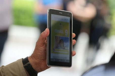 Gobierno promete 200 mil tablets para estudiantes de básica y media en el país