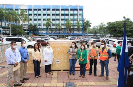 Sistema de radiología móvil del OIEA recibió el hospital Mario Rivas