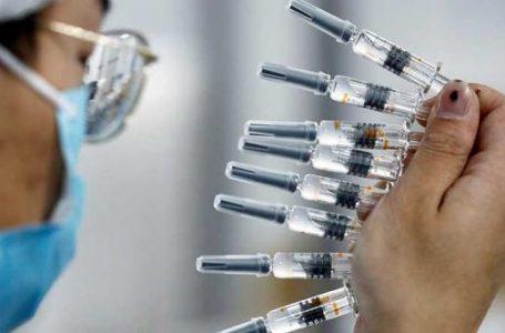 OMS advierte de que personas vacunadas contra Covid-19 pueden contagiar a otras