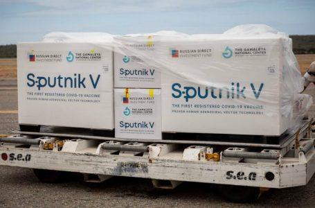 Rusia admite que no tiene capacidad para satisfacer la demanda de Sputnik V