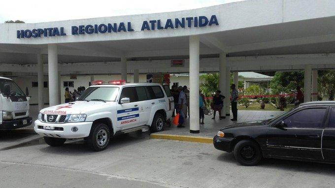 Personal de Salud de Atlántida molestos por exclusión de las vacunas contra COVID