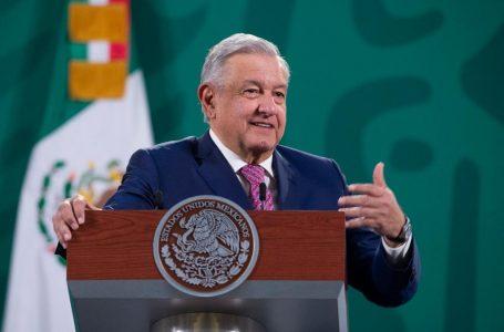 López Obrador reaparece en público tras dos semanas de ausencia por Covid-19
