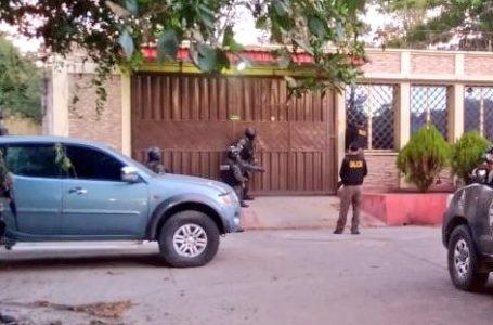 Capturan y aseguran bienes a supuestos testaferros de «los Pinto» en zona sur del país