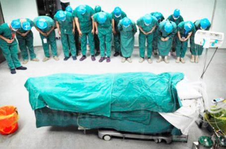 Muertes en el personal sanitario por Covid ascienden a 70 y 7 están graves