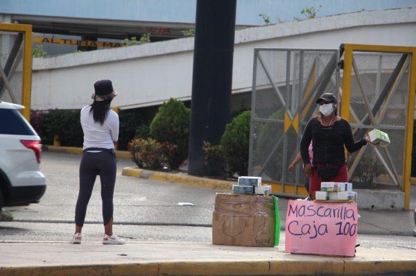 """Economía hondureña crecerá un 3% este año, """"siendo optimistas"""": CHE"""