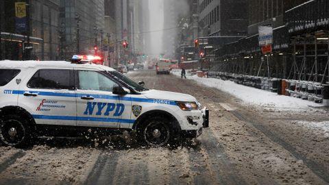 Nueva York, en estado de emergencia por la mayor nevada en 5 años