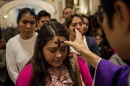 Imposición de ceniza se extenderá hasta el viernes para evitar aglomeraciones en las iglesias