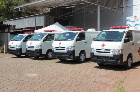 Salud recibe ocho ambulancias de parte de Japón para el fortalecer de la red