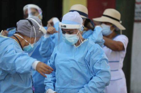 Salud pide a la población abrir las puertas a las brigadas médicas contra la Covid