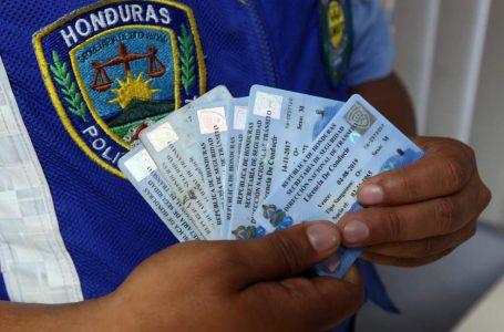 Logran condena contra policía que emitía licencias de conducir de manera fraudulenta