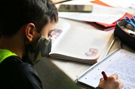 Educación reconoce que no se puede iniciar clases presenciales debido a altos contagios COVID