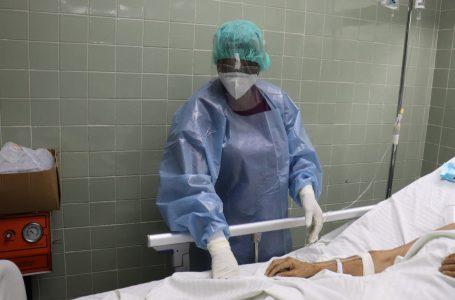 Por falta de cupos, unas 80 personas diarias morirán por COVID-19: Carlos Umaña