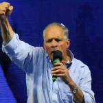 """""""Tito"""" Asfura celebra victoria, pero pide paciencia y humildad para esperar datos del CNE"""