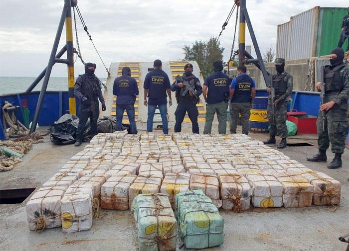 EE.UU. reitera lucha constante contra el narcotráfico junto a Honduras