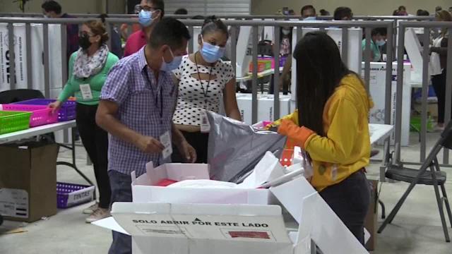 """Yani, Xiomara y """"Tito"""" continúan liderando las votaciones de sus respectivos partidos"""