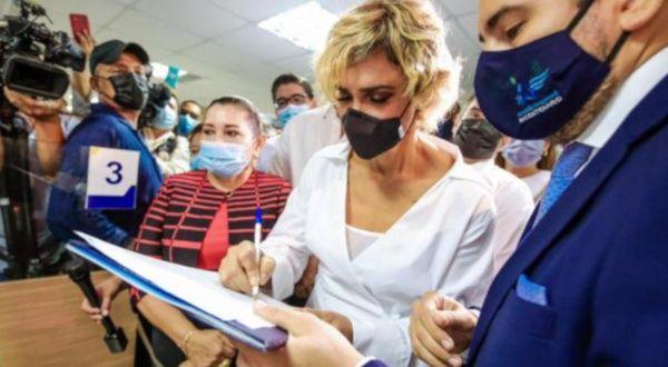 Guayaquil presenta demanda contra Pfizer en Ecuador para compra de vacunas
