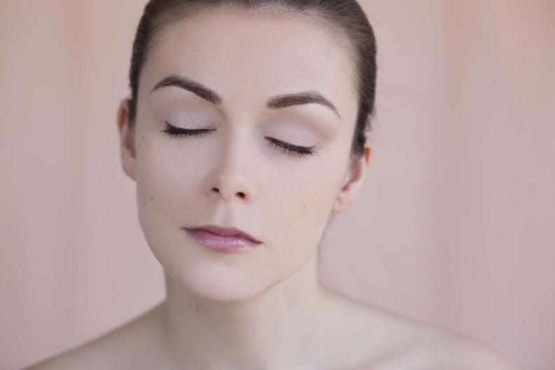 10 cosas que nadie te dijo sobre maquillar tus cejas 0