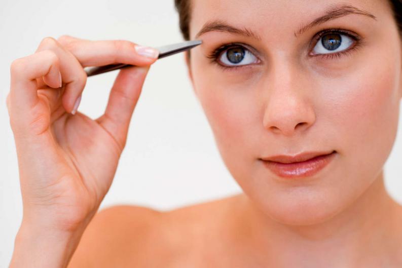 10 cosas que nadie te dijo sobre maquillar tus cejas 4