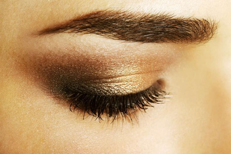 10 cosas que nadie te dijo sobre maquillar tus cejas 7