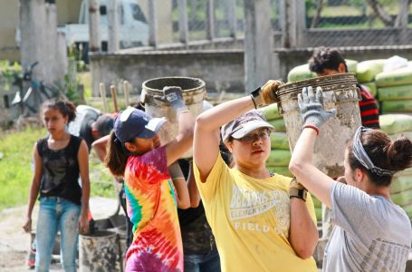 Students Helping Honduras, fundación con la misión de construir mil escuelas en el país
