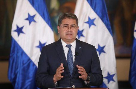 """""""Les seguiremos haciendo la vida imposible"""" a los narcotraficantes: presidente Hernández"""
