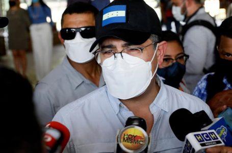 """""""No me cabe en la cabeza cómo alguien se opone a las represas"""": presidente Hernández"""