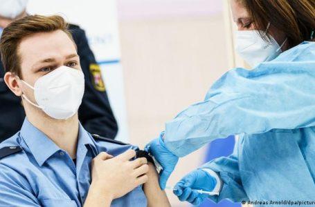 Europa busca acelerar la vacunación para lograr la inmunidad comunitaria al coronavirus