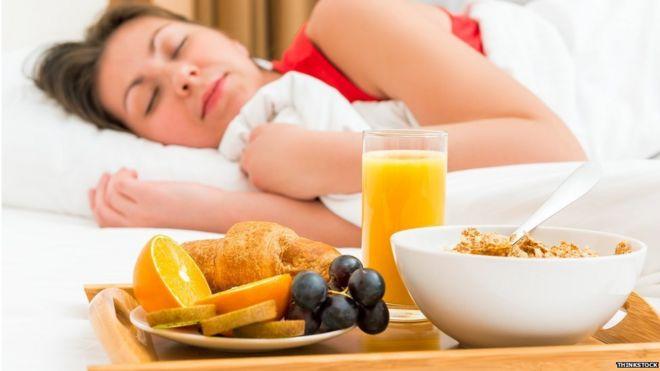 Resultado de imagen para Dormir más de 7 horas puede ayudarte a perder peso