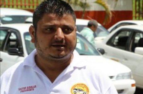 «Castiguemos los corruptos»: precandidato Darío Banegas ejerció el sufragio