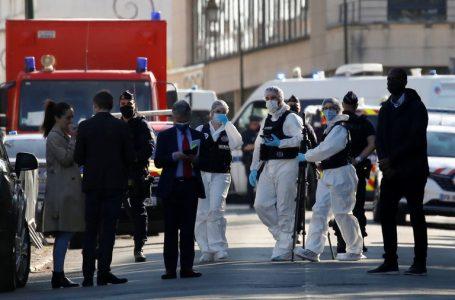 Un terrorista asesinó con cuchillo a una empleada de la Policía cerca de París