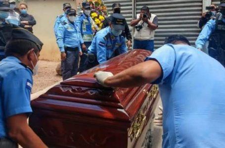 """""""No descansaremos hasta encontrar los responsables»: Policía tras asesinato de dos agentes"""