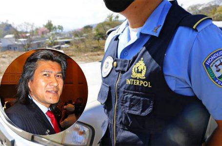 Interpol ya tiene en su poder la orden de captura contra Axel López