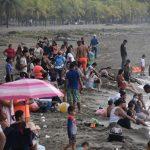 Hondureños se olvidan del COVID-19 durante Semana Santa