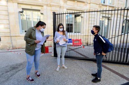 Francia ordena cerrar las escuelas tres semanas por el avance de la pandemia