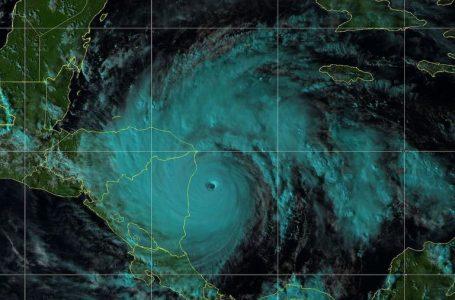 Cuatro poderosos huracanes podrían afectar directamente a Honduras este año