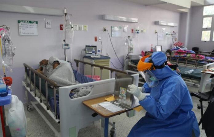 Incrementarán camas en centros hospitalarios ante inminente colapso por contagios COVID