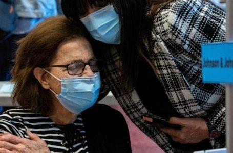 La mitad de adultos de EE.UU. está totalmente vacunados contra el COVID
