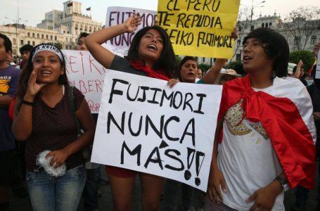 Peruanos realizan marcha contra candidata Keiko Fujimori