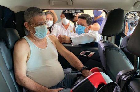 Honduras inició a vacunar contra la COVID a los mayores de 75 años