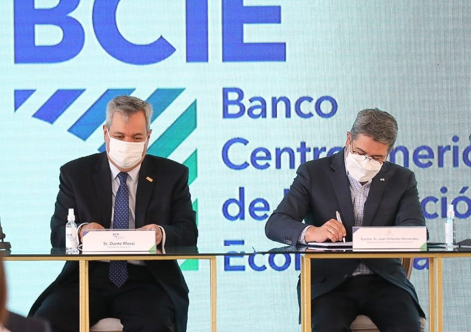 BCIE presta $. 35 millones a Honduras para que pueda comprar 2,8 millones de vacunas