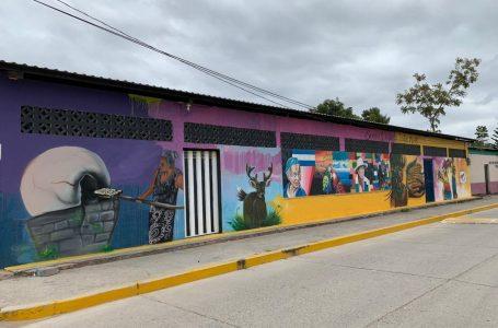 Ocho municipios de Comayagua lucen llenos de color con hermosos murales
