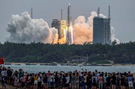 El mundo expectante por la caída del cohete chino descontrolado