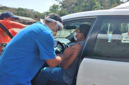 Inicia vacunación en Islas de la Bahía con amplias expectativas de reactivar turismo