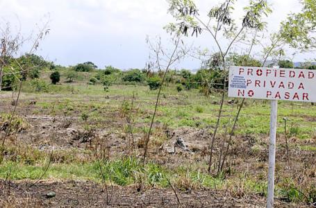 Unos $. 2 mil millones se pierden debido a las invasiones de propiedad, según el Cohep