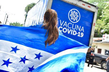 Con profundo agradecimiento, alcaldes recibieron vacunas anticovid donadas por El Salvador