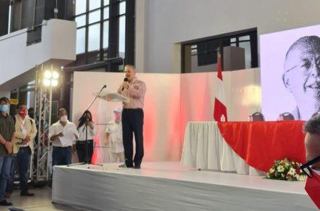 «Honduras pide casi a gritos un cambio»: Yani durante convención liberal