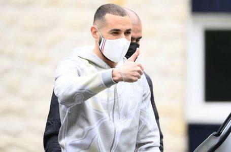 Benzema se incorpora a la selección francesa 5 años y medio después